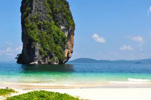 Phuket Explore the Hongs